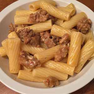 pasta with white sausage sauce