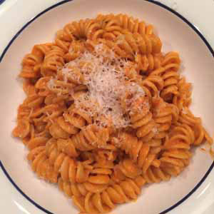 fusilli in spicy vodka sauce